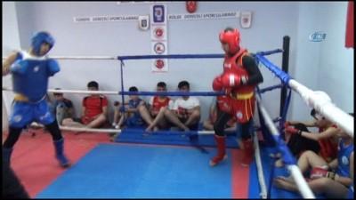 Şırnaklı sporcular Wushu Türkiye Şampiyonası'na hazırlanıyor