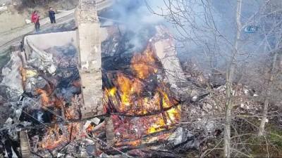 2 katlı ev alev alev böyle yandı