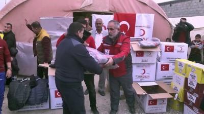 Türk Kızılayı'ndan Türkmen göçmenlere kış kıyafeti yardımı - KERKÜK