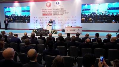 Cumhurbaşkanı Erdoğan:'Hala Türkiye'nin bu noktada istikrar ve güven vermediğini söyleyecek kadar ideolojik yaklaşım içerisinde patinaj yapıyorlar.'