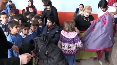 Öğrencilere 'sıcak' karne hediyesi - AĞRI