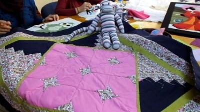 Balıkesir'de kursiyer kadınlar kırkyama yarışmalarına katılacaklar