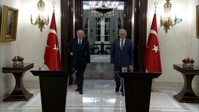 Başbakan Yıldırım,  'Gelişmelere göre yarın kara unsurlarımız faaliyetlere icra edecek'