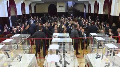 Galatasaray Kulübünün olağanüstü kongresi başladı - İSTANBUL