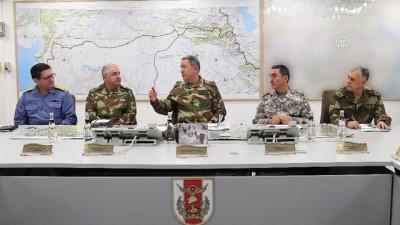 Orgeneral Akar, Zeytin Dalı Harekatı'nı Genelkurmay Karargahı'ndan sevk ve idare ediyor - ANKARA