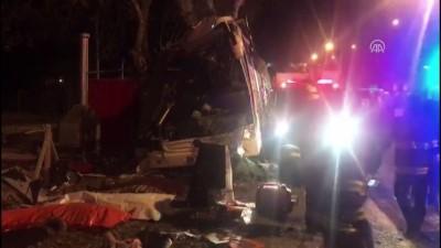Otobüs kazası: 13 ölü, 42 yaralı(1) - ESKİŞEHİR