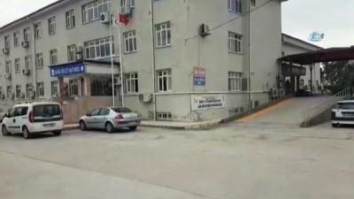 Hatay'da ev ve iş yerlerine Türk bayrakları asılıyor