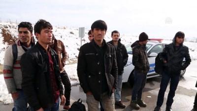 akalan - 14 yabancı uyruklu yakalandı - SİVAS