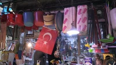 teror orgutu - Elazığ'da Zeytin Dalı Harekatı'na Türk bayraklı destek