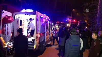 İşçi servisi eve çarptı: 4 ölü, 2 yaralı (2) - KARABÜK