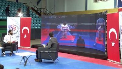 Milli karateci Enes Erkan genç sporcularla buluştu - SAKARYA