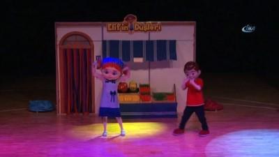 Sultangazi'de sömestr heyecanı çocuk tiyatrolarıyla yaşanıyor
