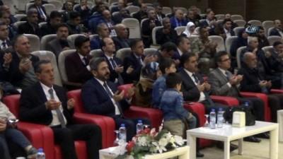 Vali Kalkancı gözyaşlarını tutamadı...Şehit ailelerine Devlet Övünç Madalyası verildi Haberi