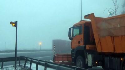 Bolu Dağı'nda yoğun sis etkili oluyor İzle