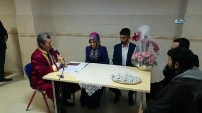 Resmi Nikah -  Müftülükte ilk resmi nikah kıyıldı