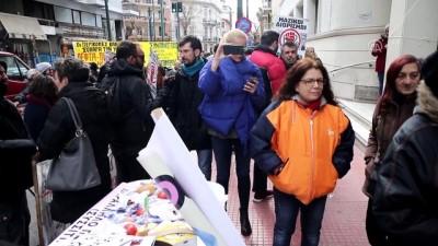Yunanistan'da sağlık çalışanları grevde - ATİNA