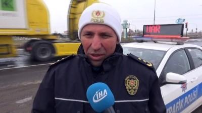 Aksaray'da emniyet sürücüleri görüntülü ve sesli uyarıyor