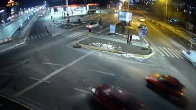 Elazığ'da trafik kazaları MOBESE'lere yansıdı
