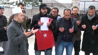 Karaman'da vatandaşlar, Afrin operasyonuna katılmak için askerlik şubesine dilekçe verdi