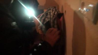 Aranan uyuşturucu taciri çeyiz sandığında saklanırken yakalandı