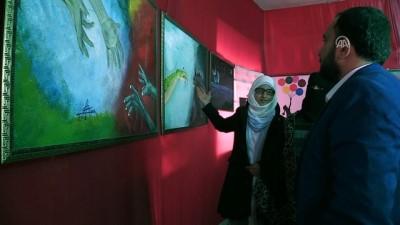 Suriyeli ressamlar Azez'de sergi açtı - AZEZ
