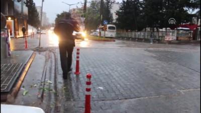 Adana'da bıçaklı saldırı: 1 yaralı
