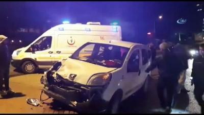 Beton mikseri ile hafif ticari araç çarpışması sonucu 1 kişi yaralandı