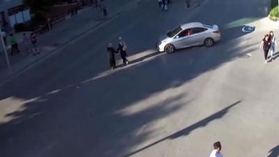 Trafik kurallarına uymayan iki kadın böyle ölümden döndü