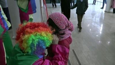 İpekyolu Belediyesi çocukları eğlendiriyor - VAN