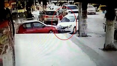 Kaza anı, güvenlik kamerasına saniye saniye yansıdı