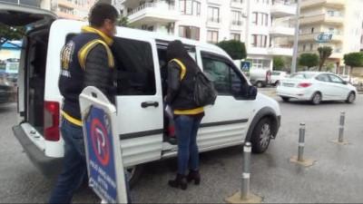 Alanya'da fuhuş operasyonu: 3'ü kadın, 4 gözaltı
