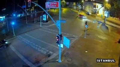 Beşiktaş Meydanı'ndaki feci kaza kamerada