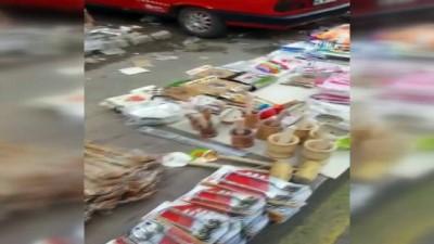 Çaldıkları malzemeleri pazarda satarken polise yakalandılar
