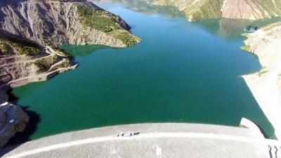 Kendi sınıfında Türkiye'nin en yüksek 4. barajı olan Kiğı Barajı, elektrik üretimine başladı
