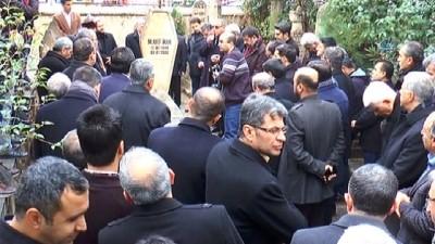 Memur-Sen'in kurucusu Mehmet Akif İnan mezarı başında anıldı