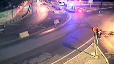 Sürücünün beton bariyere çarptığı feci kaza kamerada