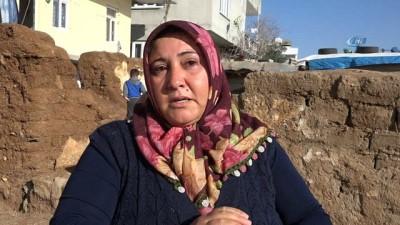 Evi yıkılan aile, uzanacak yardım elini bekliyor