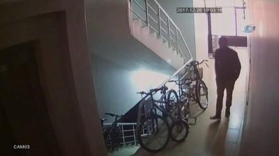 akalan -  Merdiven boşluğundan bisiklet çalan hırsız güvenlik kamerasında