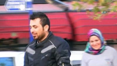 Piyango talihlisi olduğu iddia edilen Antalyalı kurye, işyerinde çöp boşaltırken kameralara takıldı