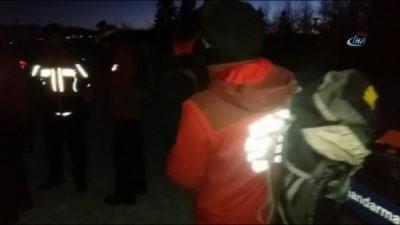 askeri helikopter -  Uludağ'da kritik dakikalar... Mahsur kalan 5 kişi için bölgeye acil helikopter istendi