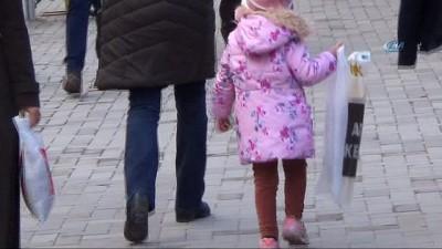 Bu yaşlarda çocuklara baskıcı olmayın