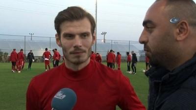 "Elmar Bjarnason: ""Milli takımda olmak her futbolcunun hayali"""