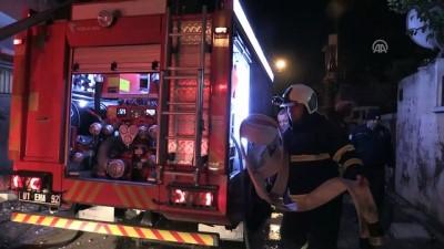Ev yangını: 4 yaralı - ADANA