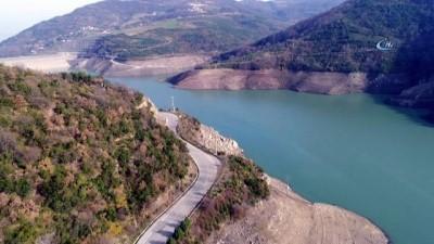 Su seviyesinin yüzde 28'e düştüğü Yuvacık Barajı havadan görüntülendi