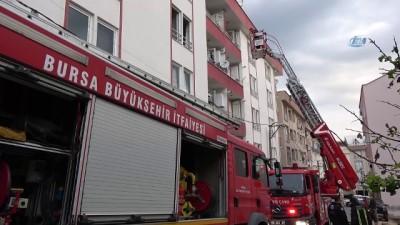 itfaiye araci -  Bursa'da 4 katlı binada çıkan yangında can pazarı