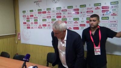 """Coşkun Demirbakan: 'Son dakikada golüyle galibiyeti yakaladık"""""""
