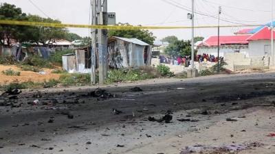 Somali'de İtalyan askerlerinin bulunduğu konvoya saldırı - MOGADİŞU
