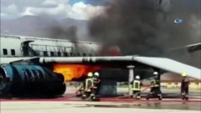 Üçüncü havalimanı personeli olası uçak yangınlarına hazırlanıyor