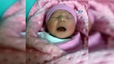 kiz cocugu -  9 dişle doğan bebek aileyi şoke etti