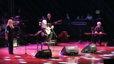 Gitar virtüözü Feliciano son nefesine kadar müzik yapmak istiyor - MERSİN
